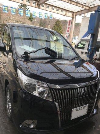 群馬県嬬恋村にて エスクワイアの雹害車(ひょうがいしゃ)をデントリペアで修理