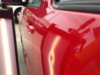 トヨタ:WISHのへこみ補修事例